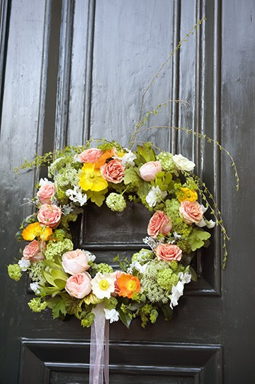 peach tea wreath